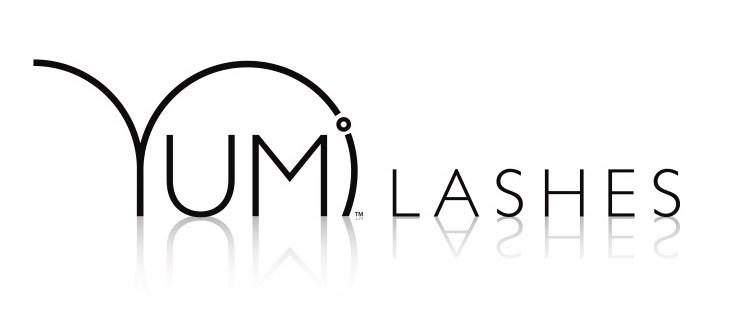 YUMI-logo-valkoinen